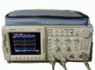 デジタルオシロスコープ TDS754/1M